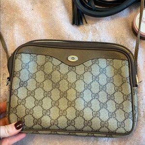 Gucci bag authentic broken zipper